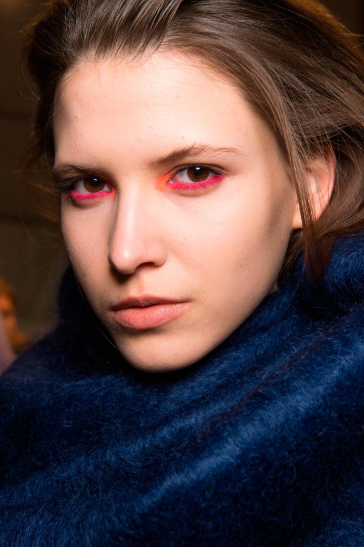 hbz-makeup-trends-fw2017-pretty-in-pink-byblos-bks-v-rf17-5511_1
