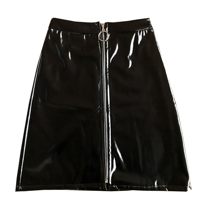 falda-vinilo-negra
