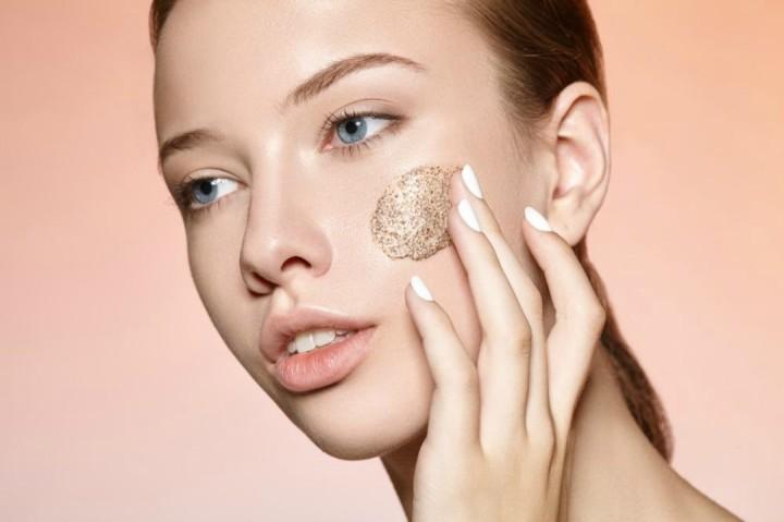 Cómo cuidar tu piel entre tus 20 y tus30